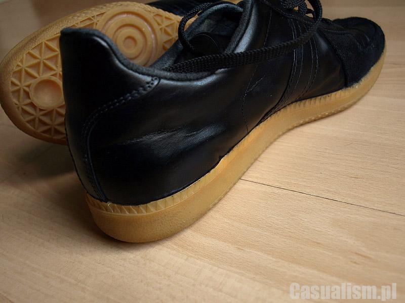 Farbowanie butów sportowych, farbowanie butów, sportowe buty farbowanie, zafarbować buty jak