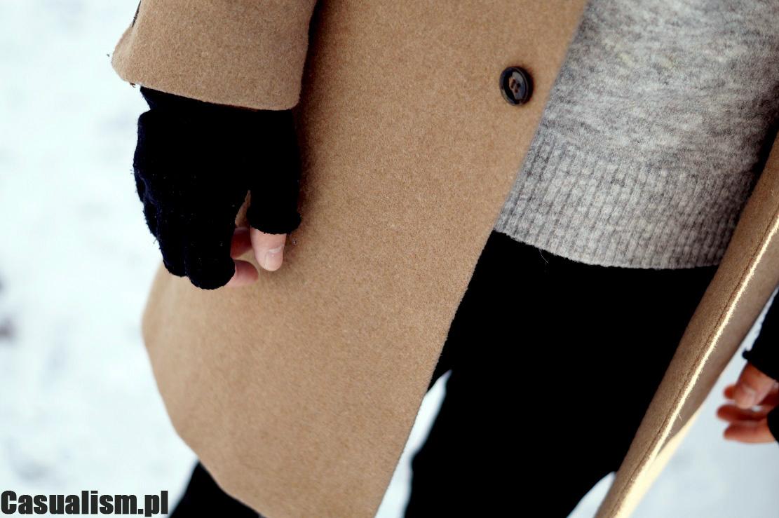 Rękawiczki bez palców, rękawiczki mittenki, płaszcz bezowy dla mężczyzny