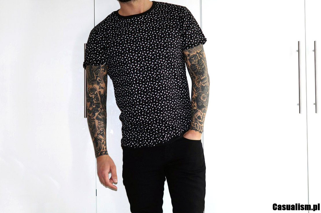 Wzorzyste koszulki, koszulki ze wzorem, koszulki z wzorem. T-shirt wzorzysty, t-shirty z wzorami, wzory na koszulkach, wzorzyste koszulki.