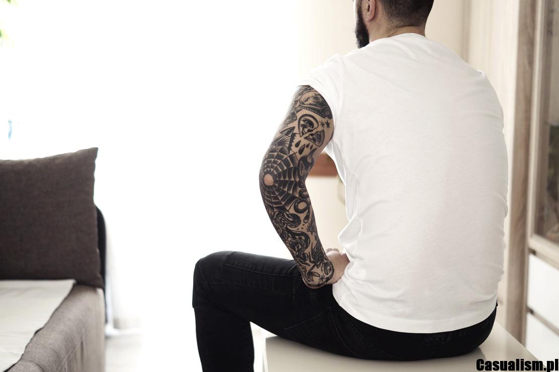 Tatuaż rękaw, rękawy męskie, tatuaże rękawy. Tatuaże na rękach, tatuaż na łokciu, tatuaż na łokciach. Męski tatuaż, tatuaż, tatuaż na ramionach