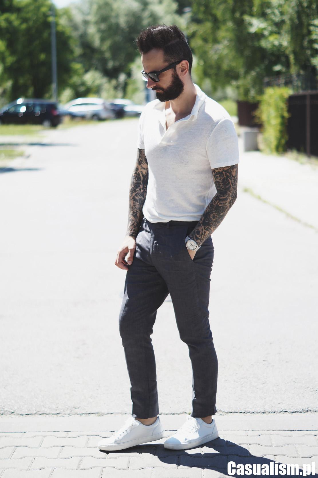 Koszulka polo męska, męska polówka, polówka męska koszulka, koszulka do spodni, koszulka w spodniach, jak nosić koszulkę w spodniach, zaportkować koszulkę, zakasać koszulkę do spodni, zestaw smart-casual