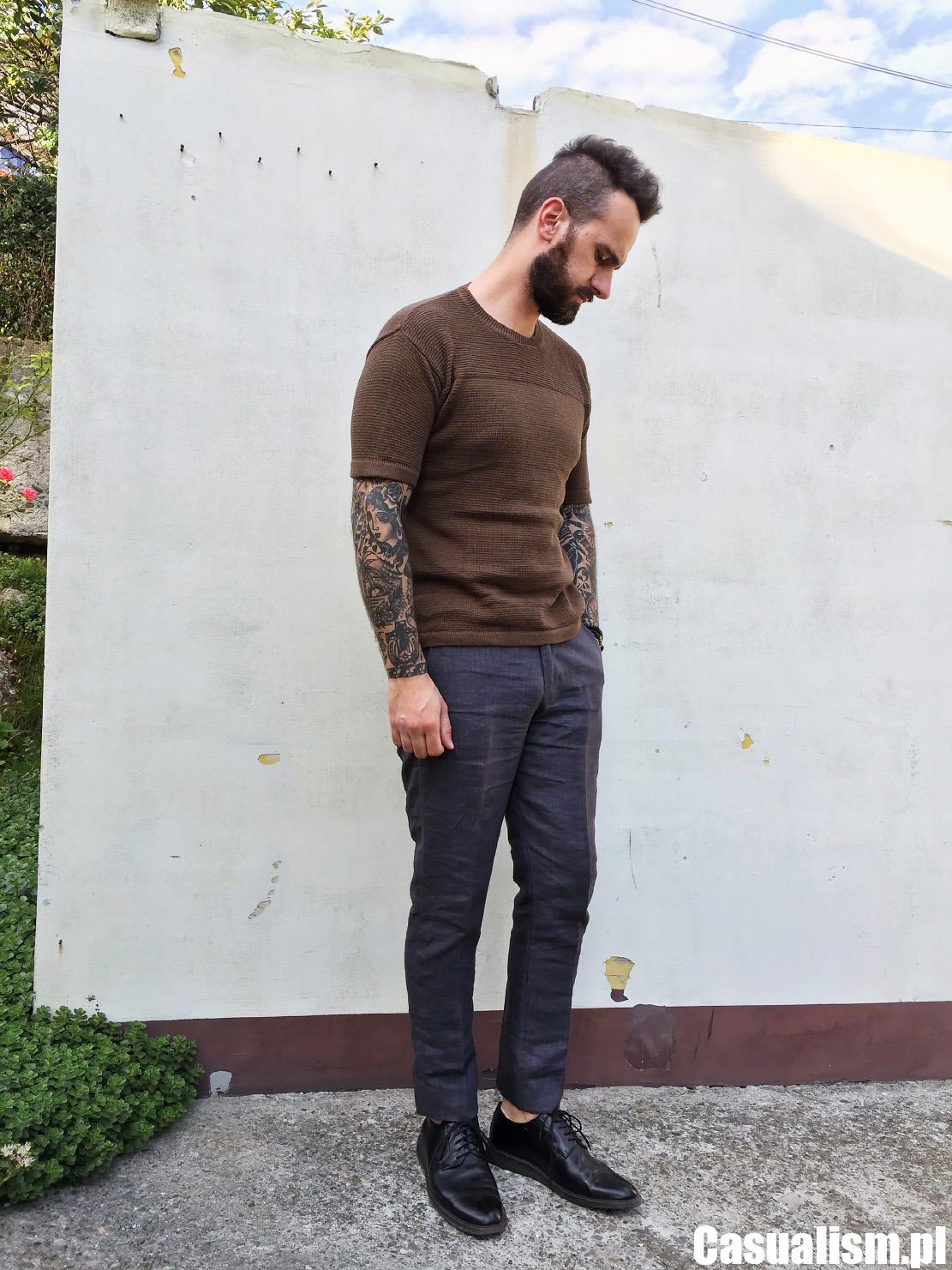 Koszulka sweter i spodnie w kant, spodnie kant i sweter, sweter z krótkim rękawem, sweter koszulka, koszulka w kształcie swetra