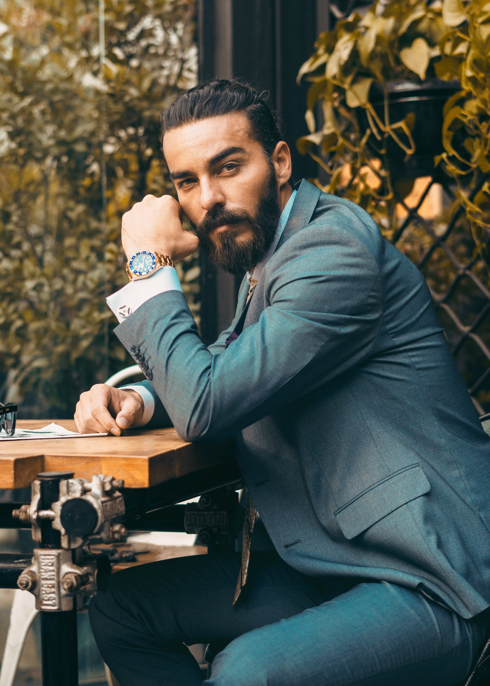 zegarek męski do garnituru, zegarki męskie, męski zegarek do garnituru, garniturowy zegarek